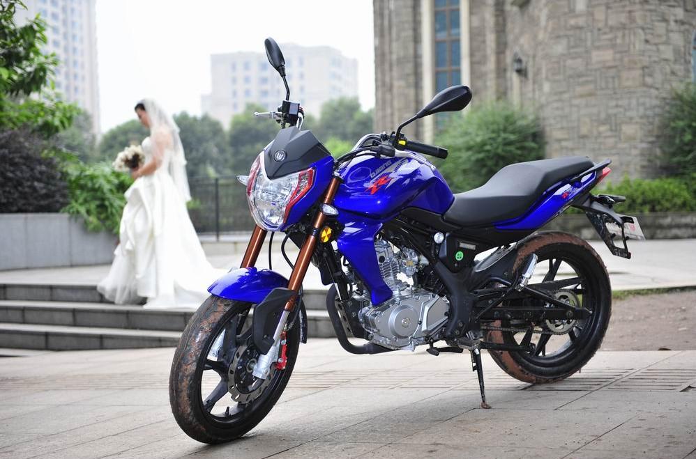 蓝宝龙QJ150-17A